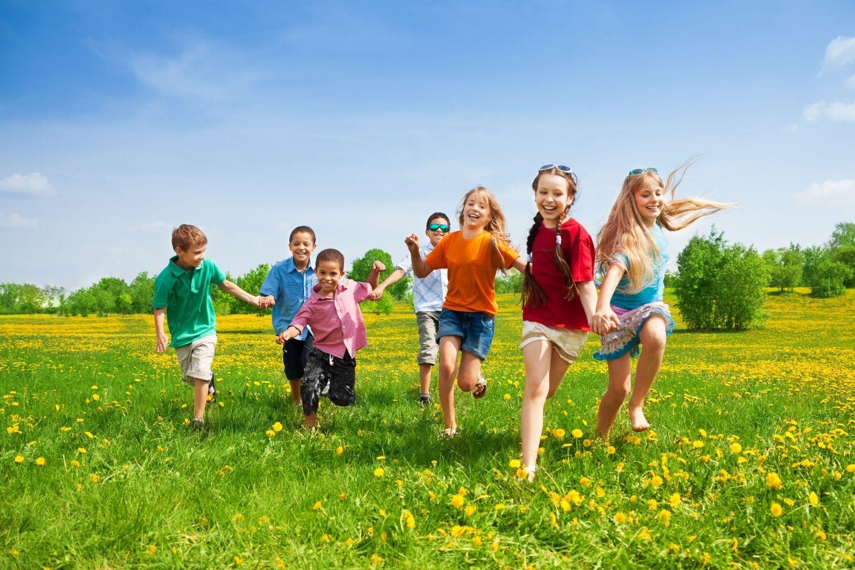 Enfants Colonies de Vacances - Les Colos du Bonheur